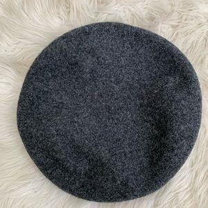 Vintage grey wool beret